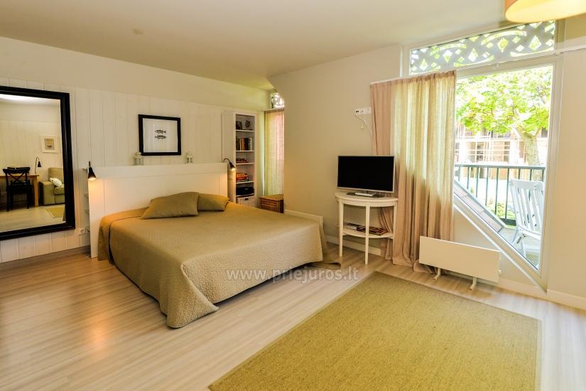 Apartament w Preila na brzegu Mierzei Kurońskiej, balkon z widokiem na lagunę - 4