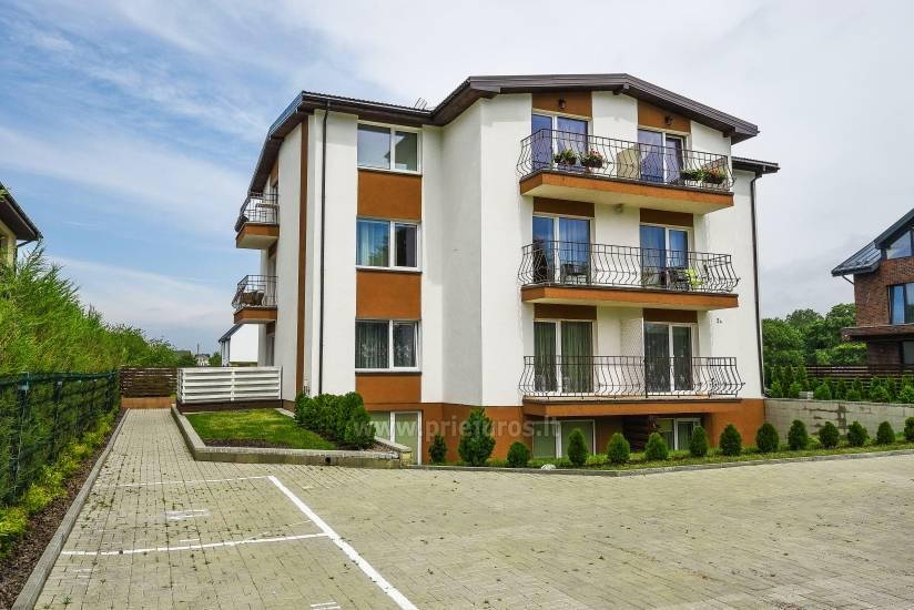 Mieszkanie w Palanga 300 m do plaży. Duży balkon, ogrodzony teren - 1