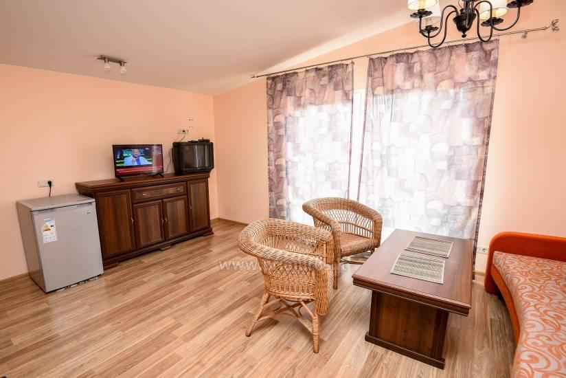Mieszkanie w Palanga 300 m do plaży. Duży balkon, ogrodzony teren - 3