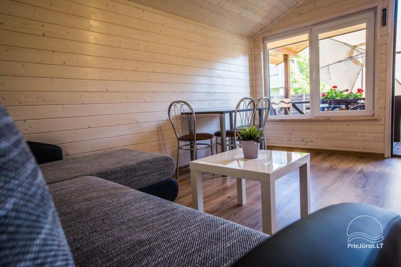 Domy wypoczynkowe Vakaris w Sventoji, Street Inn Mokyklos - 8
