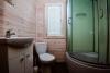 Nowe jednopokojowe, dwupokojowe drewniane domy w Sventoji - 14