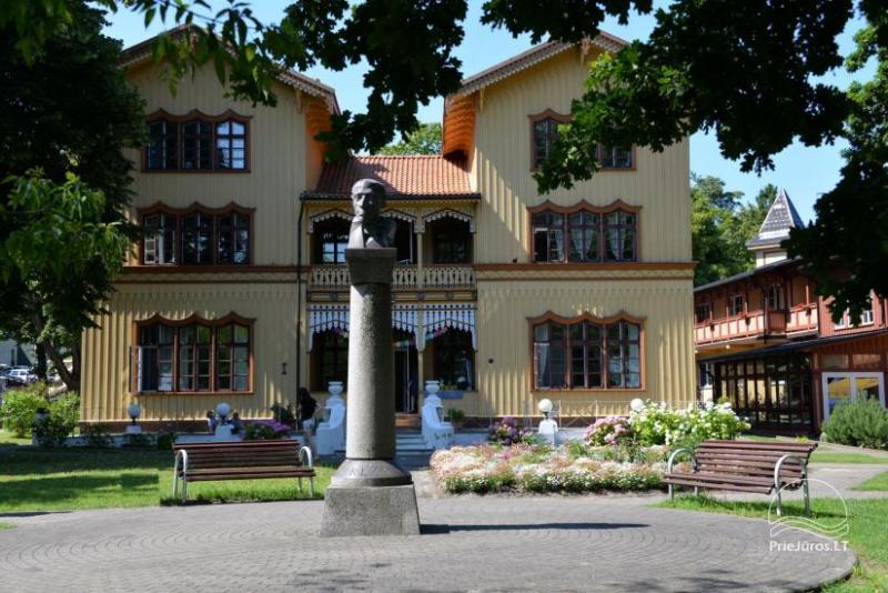 Pomnik Liudvikas Reza w Juodkrante