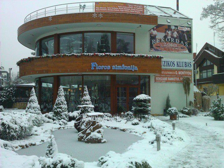 Nowy Rok w Poladze, w kawiarni Floros simfonija - 1
