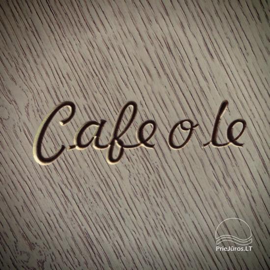 Café o lé - na brzegu morza
