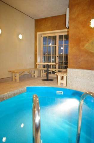 Sauna, swimming-pool in hotel Pajurio sodyba