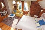 Room No. 4 - 3