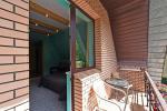 Pokój dwuosobowy z dodatkowym łóżkiem, kuchnia, balkon na drugim piętrze - 9