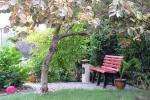 Prywatny dziedziniec z ogrodem, miejsce do biesiadowania, zadaszenie, plac zabaw dla dzieci, parking wiele - 14