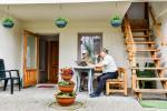 Nr 4 trzyosobowy pokój z tarasem i meblami ogrodowymi - 2