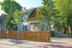 Pierwszy dom. Informacja i rezerwacja przez telefon nr. +370 614 81605 - 1